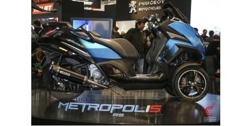 Peugeot Motocycles делает ставку на трехколесные скутера